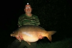 Carp Fishing Catch Report - Three men and a dog