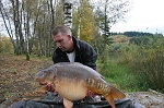 Carp Fishing in France Catch Report - Green green grass of Home.